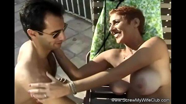 Redhead moglie cuckolding marito porno