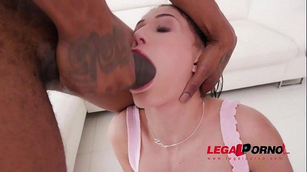 Nicole Love drinks monster cock piss SZ2253