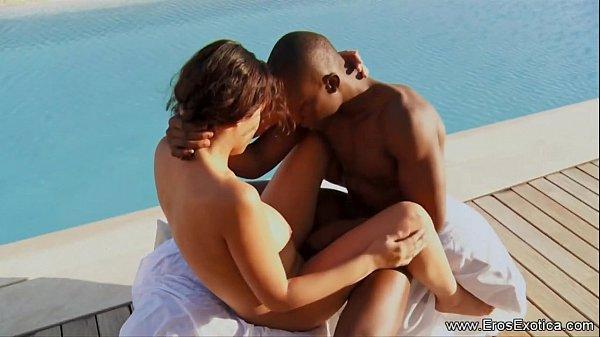 Outdoor Ebony Couple Pool Sex Outdoor anal sex ...