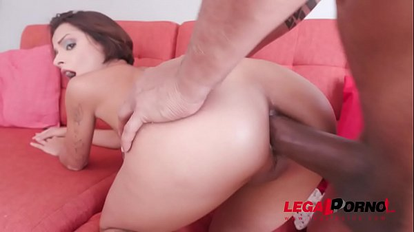 Lady Milf gets first anal with Ed Junior YE025