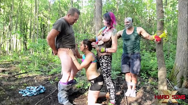 Vandal Vixen's fuck orgy in the wood part 1