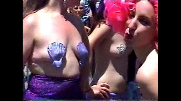 2007 Mermaid Parade 1