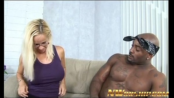 blonde milf and big black dick fun Thumb