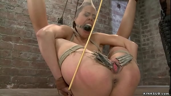 Lesbian in strappado suspension vibed