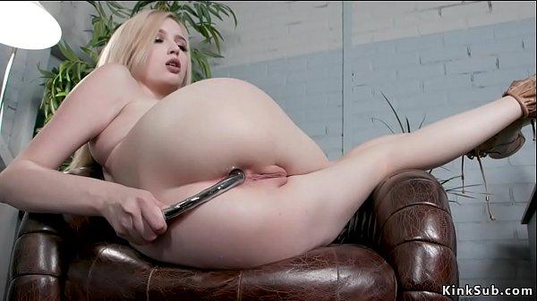 Alt lesbian anal fucks pale blonde