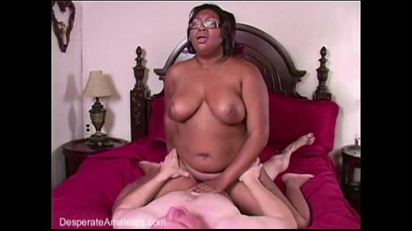 Teens First Time Eating Pussy