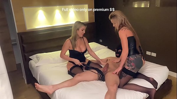 Donne italiane strap-on ragazzo video porno