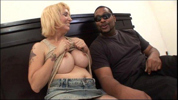 Mom big tits milf Big Tits Mom Fucking Black Guys Dick In Milf Big Tits Video Xvideos Com
