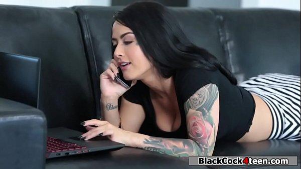 Brunette fucks stepsis black boyfriend