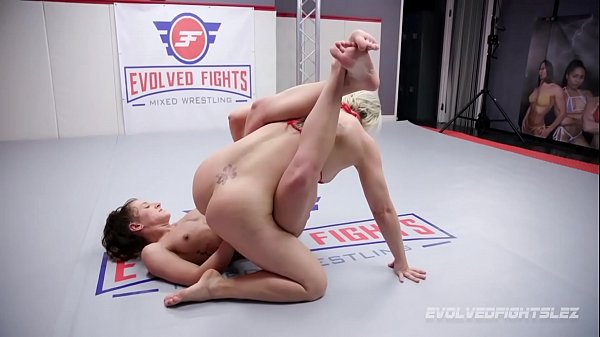Helena Locke lesbian fight vs Dakota Marr with ...