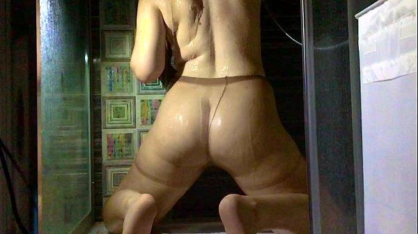 Wet Pantyhose Under Shower SlowMo