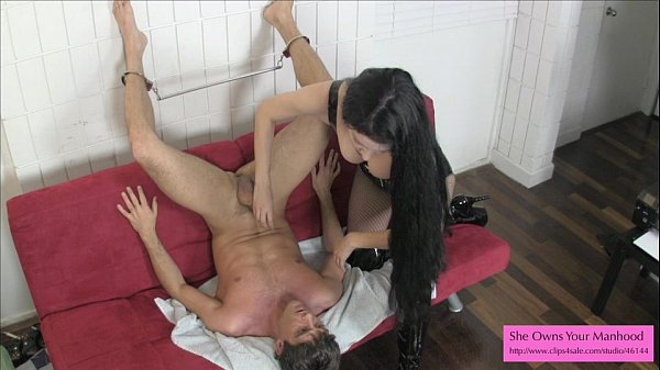 Amazon Victoria Sapphire Milks Him Into His Own Mouth Thumb