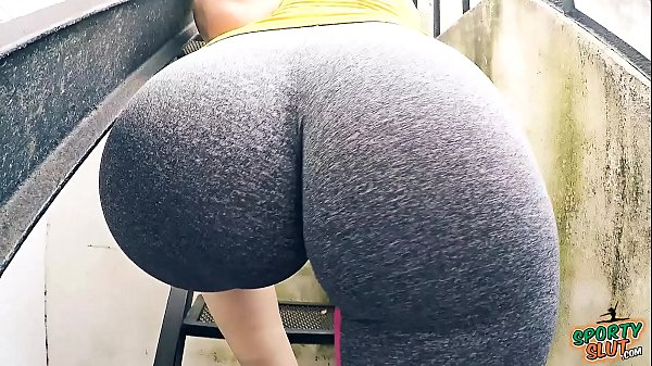 EPIC Round HUGE Ass with Tiny Waist and Camelto...