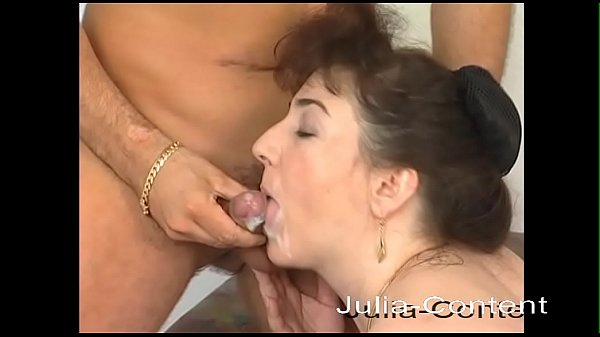 Horny Milf fucks Jean on the couch Thumb