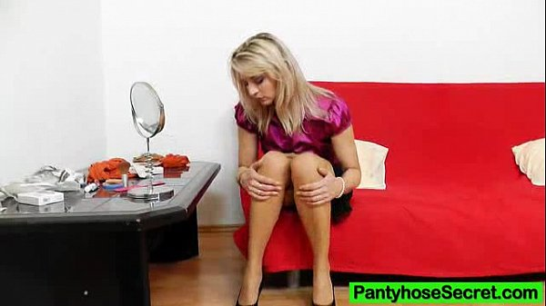 Sophia Magic sexual intercourse in tights