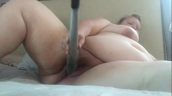 MWKM fucks a baseball bat