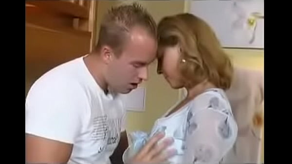 Pretty Sexy Cougar Fucking Young Dude Voyeur