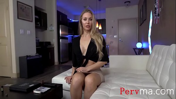 My Beautiful Mom Gets Fucked Before Her Party- Nicole Aniston