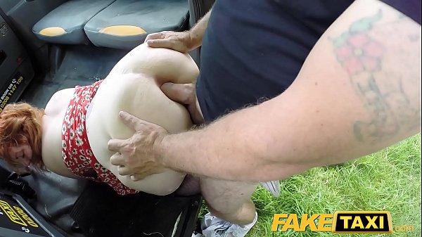 Red Head Twerking Naked