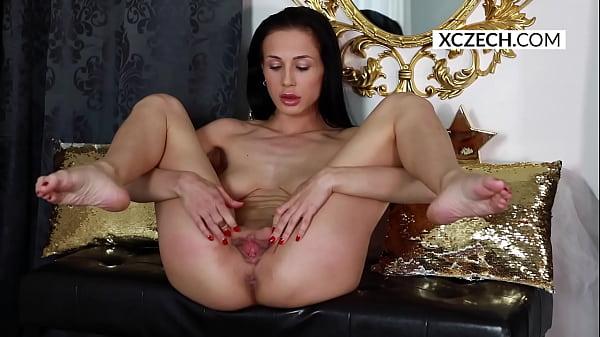 Erotic Studio of Nicole Love: Czech pornstar Ni...