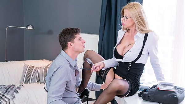 KINKY TUTOR - Blonde Romanian MILF Lara De Santis bangs horny student Thumb