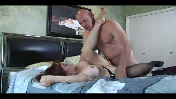 Porno Grandi tette scopata moglie