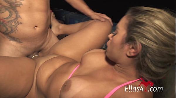 Ellas4.com - Wanessa Boyer giving hot fish to Fisherman