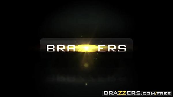 Brazzers - Hot And Mean - )Demi Lopez, Gia Paige) - Thats My Boyfriend Bitch