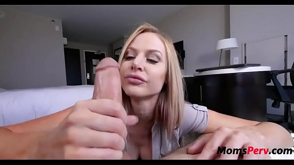 Mom gives son advice on relationship over a BJ - XVIDEOS.COM