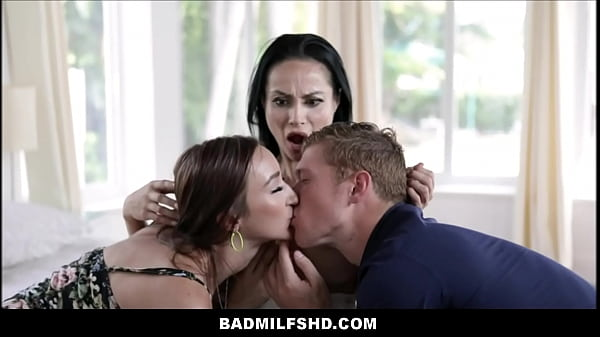 Foster Mom MILF With Big Tits Crystal Rush Thre...