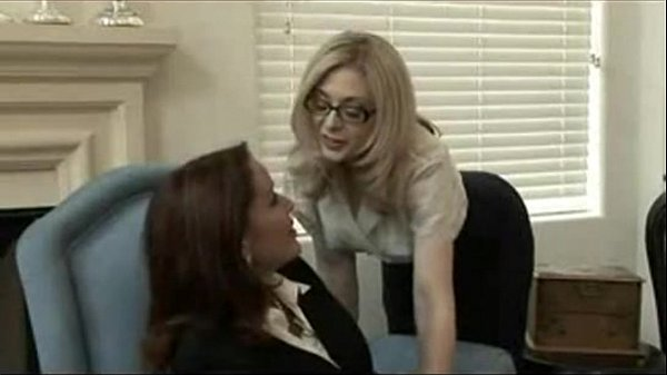 סרטי סקס MILFs Lesbian Action Porn
