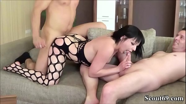 REAL GERMAN y. KIMBERLY in HOMEMADE THREESOME FUCK