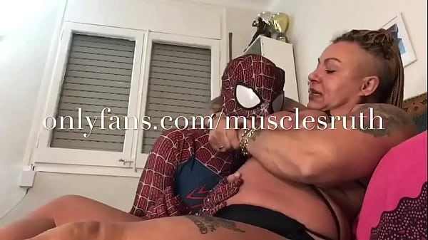 Domination femalemuscle massive strongwoman fbb muscle onlyfans/musclesruth milf amazon scissors t. bog boobs bbw s.