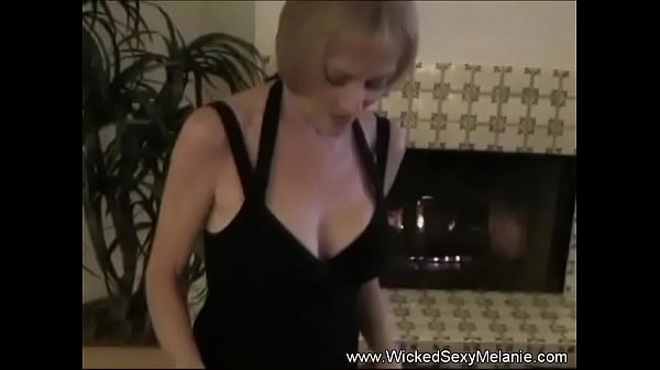 Mature Swinger Housewife Is Excellent Company