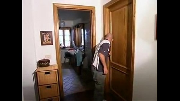Italiano naturale porno Mamme dolce sedotto figlio