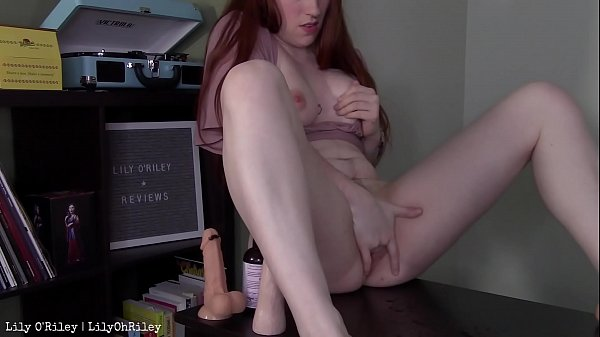 Horny YouTuber Squirts on Her Desk