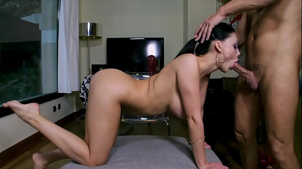BANGBROS - Big Booty MILF Aletta Ocean Sucking Dick Like A Pro