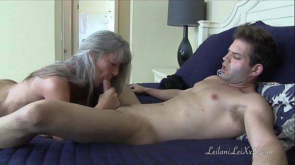 Porno scopare mamma mentre lei pulisce