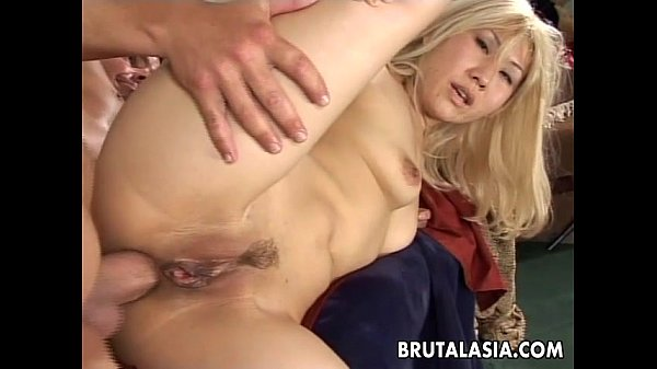 Smoking hot Asian babe gets big cock plowed Thumb