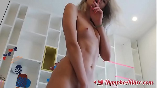 Fit Teen Camgirl Teasing Thumb