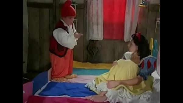 Snow white and 7 dwarfs