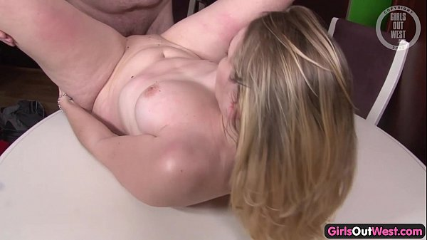 Shaved amateur pussy hole filled with sperm