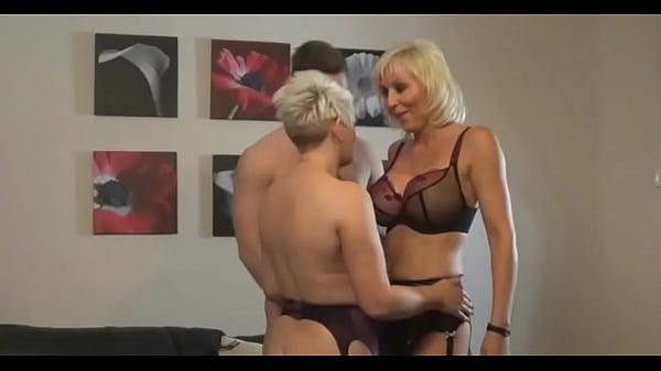 Maduras sesentonas guapas porno Trio Con Dos Maduras Xvideos Com