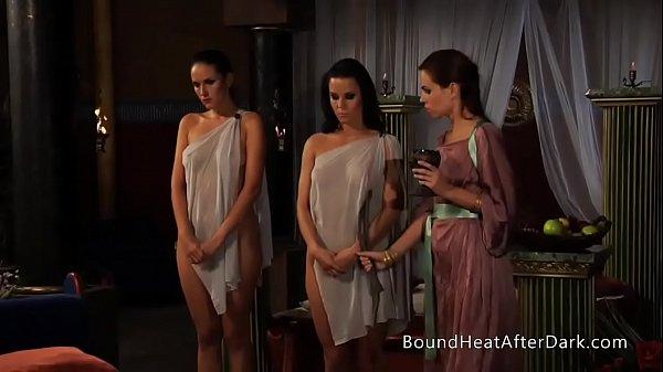 Lesbian Slave's r.: A Dream of Threesomes