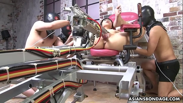 Shiori Natsumi had a fuck machine experience, recently Thumb