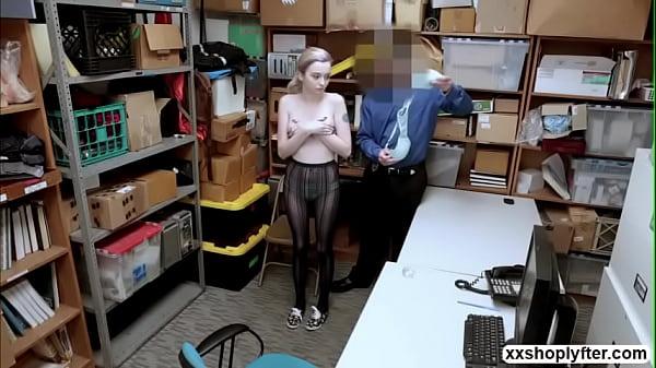 LP Guy finally fucks Lexi Lores pussy