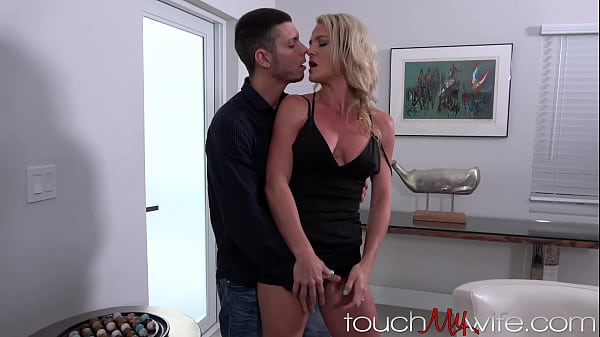 Toned Bodied Wife Has Angry Sex In Front Of Husband!