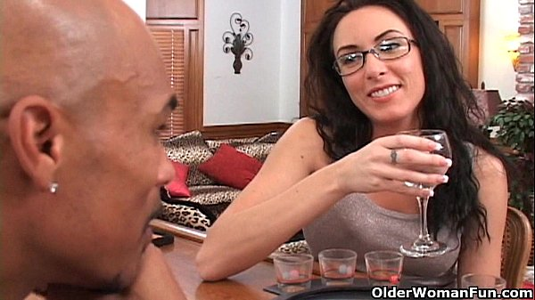 Soccer mom Katrina Isis gets cum shower Thumb