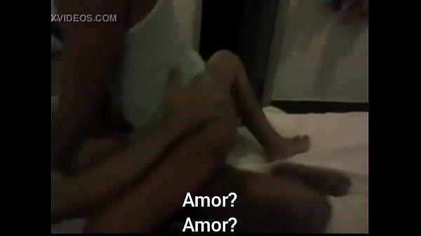 La mamma ha aiutato a rimuovere boner video porno sottotitolato