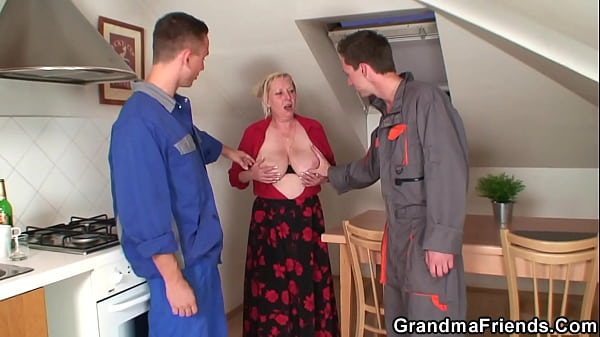 Very old granny spreads legs for two dudes Thumb